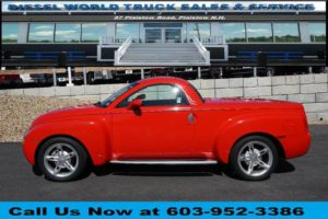 Used 2004 CHEVROLET SSR LS
